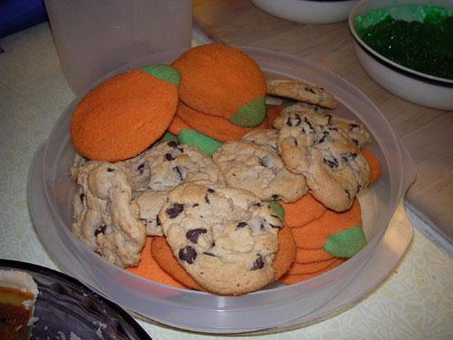 It's October. Halloweenmenu_cookies
